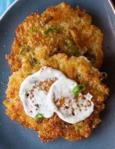 Cheesy Quinoa Cakes with Roasted Garlic and Lemon Aioli http://www.food.com/recipe/cheesy-quinoa-cakes-with-a-roasted-garlic-and-lemon-aioli-495792#