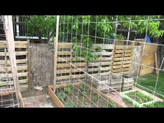Pallet Fence- Inexpensive Livestock Fencing
