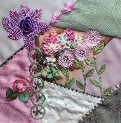 Very good example of making a flower grouping out of various trims/ribbons/buttons.