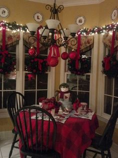 #Christmas #red # table decor