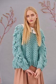 Shop&Watch online at: www.patipasek.com  #handmade #chunky knits #chunky wool #mint jumper #oversize jumper Photo: Koty2Photostorytellers