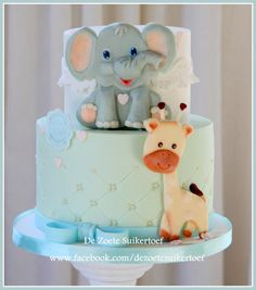 babyshower boy, modeling chocolate giraffe & elephant - Cake by De Zoete Suikertoef