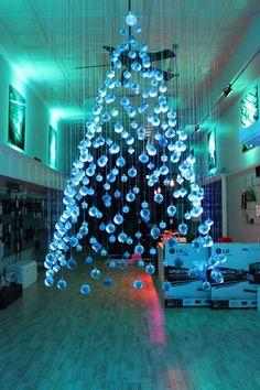 DIY Floating Christmas Tree