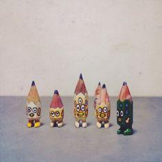 ✏️✏️✏️✏️✏️✏️ #art #acrylic #artwork #tiny #figure #doll #tinydoll #wood #woodcarving #pencil #pencilman #etsy #creative #craftsposure #stationery #handmade #miniature #green #white