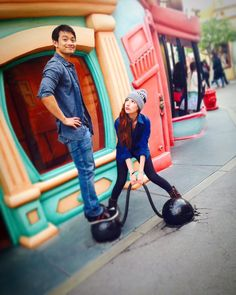 Osric @OsricChau   You're doing great @hillyhindi, keep it up!   Hilly Hindi, Hannah Hindi and The Hillywood Show®