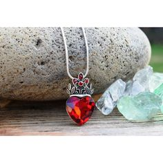 Valentine's Day Jewelry, Evie Necklace, Descendants Necklace, Red... ($13) ❤ liked on Polyvore featuring jewelry, disney jewelry, crown jewelry, valentines day jewelry, disney and red heart jewelry