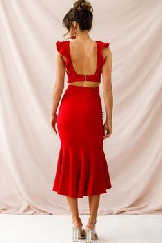 Shop the Jackie Wide Ruffle Hem Pinafore Midi Dress Red only at Selfie Leslie! Cute Red Dresses, Black Dress Outfits, Red Midi Dress, Dressy Outfits, Ruffle Dress, Beautiful Dresses, Spanish Dress, Ladies Day Dresses, Rajputi Dress