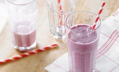 A summer smoothie blending your fave fruits and berries with delicious maple water. Oatmeal Yogurt, From Farm To Table, Nutrition, Water Recipes, Cold Meals, Dessert, Glass Of Milk, Smoothies, Panna Cotta