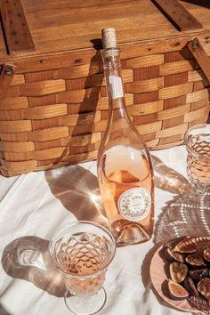 Limoncello, Kombucha, Don Papa, Wine Photography, Product Photography, Wine Time, Yummy Drinks, Wine Tasting, Food Styling