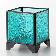 color and pattern on glass