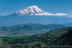 Agri Dagi (Velký Ararat), provincie Agri, Turecko Mountain Photos, Armenia, Mount Rainier, Sunrise, Mountains, Nature, Travel, Volcanoes, Pictures