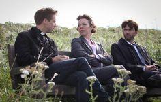 Still of David Tennant, Olivia Colman and Arthur Darvill in Broadchurch (2013)