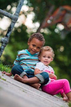 BuckShots Photography Siblings, toddler photography, outdoor