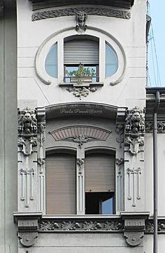 www.italialiberty.it - Casa Hahn 1903. La torretta. Milano, Via Settembrini 38