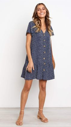 Mura Sunflower Dress – Jassie Line Informations About Navy Dot Button Up Short Sleeve Dress Pin You Dress Outfits, Cute Outfits, Fashion Outfits, Stylish Outfits, Girl Outfits, Cute Dresses, Short Sleeve Dresses, Loose Fit Dresses, Summer Dresses With Sleeves
