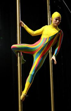 """Cirque Du Soleil """"Saltimbanco"""" Opens In Melbourne Aerial Costume, Pierrot Clown, Circus Performers, Circus Clown, Theatre Stage, Theatre Costumes, Popular Shows, Sideshow, Vintage Buttons"""