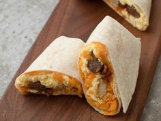 """Maple Sausage Breakfast Burritos (Done and Dusted) - """"The Pioneer Woman"""", Ree Drummond on the Food Network. Breakfast Sausage Links, Breakfast Dishes, Best Breakfast, Breakfast Casserole, Breakfast Recipes, Vegetarian Breakfast, Freezer Breakfast Burritos, Camping Breakfast, Breakfast Pizza"""