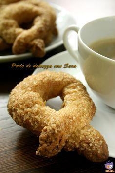 I torcetti al burro, in piemontese torcèt, sono dei biscotti tradizionali prodotti in Piemonte, in particolare nelle valli di Lanzo, nel torinese