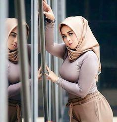 Details about Elegant Chiffon Scarf Hijab Shawl Wrap Women Soft Scarves Headband Muslim Hijabs Arab Girls Hijab, Muslim Girls, Beautiful Muslim Women, Beautiful Hijab, Hijabi Girl, Girl Hijab, Kebaya Hijab, Moslem, Muslim Beauty