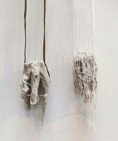 Jorge Manilla | Muriendo en el intento. Necklace. Gypsum polymer, steel, fabrics, leather.