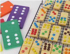 Μάθετε τα μικρά σας να μετρούν και παίξτε ντόμινο με .. μπισκοτάκια! Ένα διασκεδαστικό και νόστιμο παιχνίδι που θα κάνει το μάθημα απόλαυση!