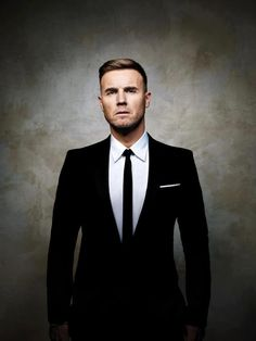 Gary Barlow Solo Tour 2012 - when he does that eyebrow thing. I'm a total goner! Take That Band, Howard Donald, Mark Owen, Gary Barlow, Robbie Williams, Suit And Tie, Most Beautiful Man, Good Looking Men, Pretty People