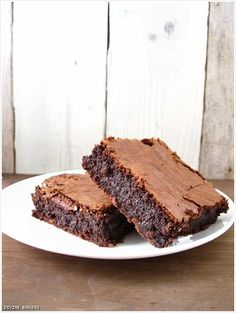 Tartine brownies... Fast and close to perfect for a fudge brownie.