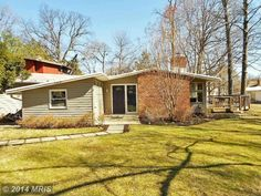 Mid-Century Modern Homes for 'American Dream Builders' Fans ...