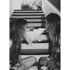 best friends   halee ❤ Gotta take a pic liek this : D