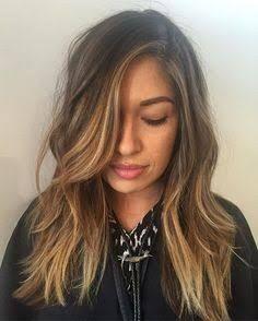 Face framing hair hair, hair color и balayage hair Hair Color Ideas For Brunettes Balayage, Brown Hair Balayage, Balayage Highlights, Hair Color Balayage, Short Balayage, Brown Highlights, Face Framing Hair, Hair Contouring, Lighter Hair
