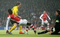 Podsumowanie spotkania Arsenal Londyn vs Borussia Dortmund • Liga Mistrzów • Niezły występ Łukasza Piszczka • Zobacz opis meczu >>