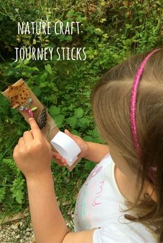 How to make a journey stick with children on a nature walk: a great nature craft activity for children to learn about nature and their environment.