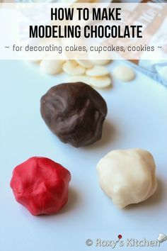 How to Make Modeling Chocolate for Decorating Cakes, Cupcakes, Cookies - Roxy's Kitchen Modeling Chocolate Recipes, Chocolate Icing, Molding Chocolate, Chocolate Work, Cake Icing, Cupcake Cakes, Cupcakes, Wilton Cakes, Cake Decorating Techniques