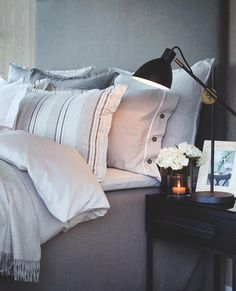 School Is Over, Natural Bedroom, Scandinavian Home, Soft Furnishings, Perfect Match, Feng Shui, Bed Pillows, Pillow Cases, Sweet Home