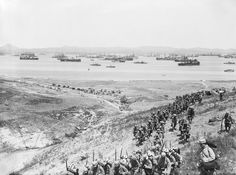 French infantry arriving at Mudros, on the Greek Island of Lemnos, during the Gallipoli Campaign in 1915., Brooks Ernest (Lt)