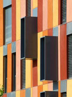132 Houses With Public Protection /Aguinaga y Asociados Arquitectos