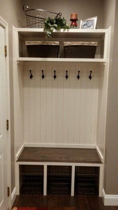 80 Modern Farmhouse Mudroom Entryway Ideas - Decorating Ideas - Home Decor Ideas and Tips Entry Closet, Front Closet, Closet Small, Mudroom Laundry Room, Laundry Room Design, Closet Mudroom, Closet Nook, Mudroom Shelf, Closet Bench