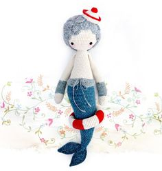 Mici - the mermaid .... How lovely, as usual Lalylala just knows what I like ;-). A new pattern.