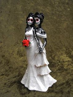 Lesbian wedding topper  ~Creepy, WOW!