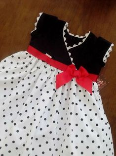 New sewing patterns for kids dress ag dolls ideas Baby Girl Frocks, Kids Frocks, Frocks For Girls, Little Girl Dresses, Girls Dresses, Summer Dresses, Baby Dress Design, Baby Girl Dress Patterns, Toddler Dress