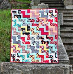 Descending Zig Zag Quilt Free Pattern // Maureen Cracknell Handmade