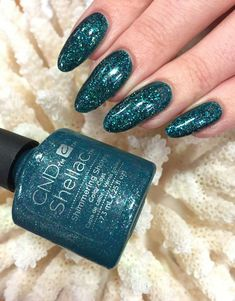Shimmering shores nail color в 2019 г. cnd nails, nails и shellac nails. Cnd Shellac Colors, Gel Nail Colors, Shellac Nails, Gel Manicure, Nail Polish, Manicures, Cnd Colours, Glitter Nails, Holiday Nails