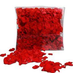 Echte Rosenblätter in kräftigem Rot ideal zum Streuen für den Gang aus der Kirche/Standesamt oder für eine romantische Tischdeko zur Hochzeit.
