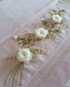 Wonderful Ribbon Embroidery Flowers by Hand Ideas. Enchanting Ribbon Embroidery Flowers by Hand Ideas. Hand Embroidery Dress, Silk Ribbon Embroidery, Embroidery Fashion, Diy Ribbon, Ribbon Work, Ribbon Crafts, Free Machine Embroidery Designs, Hand Embroidery Patterns, Embroidery Stitches