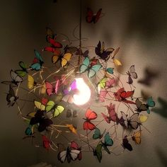 まるでおとぎ話の世界!?蝶が飛び交う照明がロマンティック - Yahoo! BEAUTY