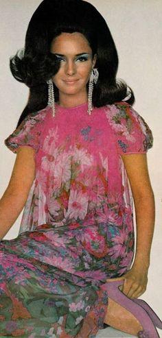 Vogue ♥ November 1967