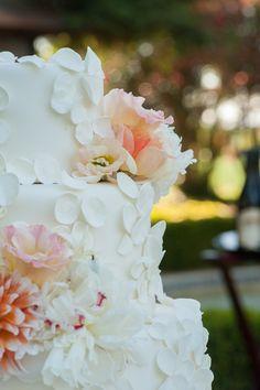 Photography: Amy Jensen Photography - amyjensenphotography.com  Read More: http://www.stylemepretty.com/california-weddings/2015/04/21/summer-garden-wedding-at-inn-at-park-winters/