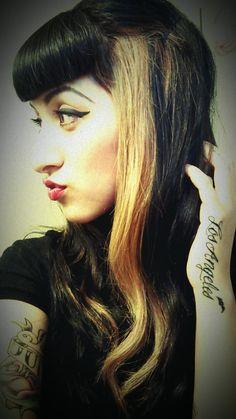 *Psychobilly: Bettie Bangs and Hair! *Psychobilly: Bettie Bangs and Hair! Vintage Hairstyles, Hairstyles With Bangs, Cool Hairstyles, Haircuts, New Hair Do, Dye My Hair, Bride Of Frankenstein Hair, Psychobilly Girl, Betty Bangs