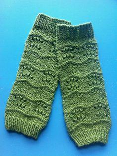 Knitting Patterns Leg Warmers Ravelry: Lila's Legwarmers pattern by Sarah Wilson Girls Leg Warmers, Boots With Leg Warmers, Baby Leg Warmers, Arm Warmers, Crochet Leg Warmers, Crochet Socks, Crochet Baby, Knit Crochet, Knitting For Kids