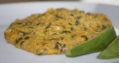 Mayi Moulen ak Zepina   (cornmeal with spinach)